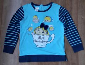 Ladies Alice in Wonderland sweatshirt size M