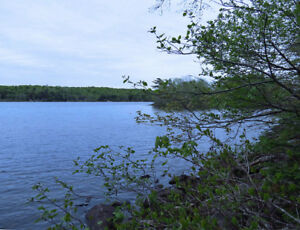 LAKEFRONT LOT - QUIET RETREAT - SHERBROOKE LAKE