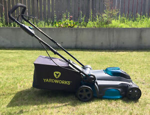 Yardworks Lawn Mower