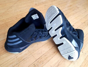 baac8b7ef Basketball shoes 2 pair