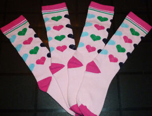 * NEVADA - 2 Pairs of Socks - Size 3T- 4T (NEW)