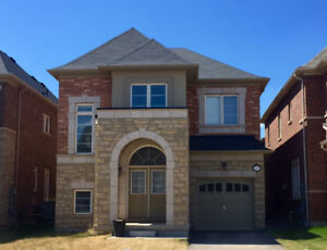 Detached 4 Bedroom With 2 Ensuites For Rent In Oakville