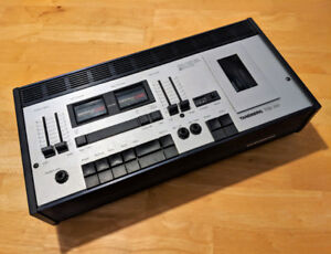 TANDBERG TCD 320 CASSETTE TAPE DECK - Powers on but no sound