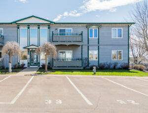 33 MACALEESE LN. UNIT 32! AFFORDABLE CONDO LIVING!