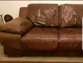 Luxurious leather 3 piece sofa suite, elegant white designer stitching