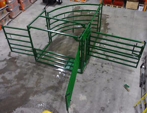CALVING MATERNITY PEN OR CHUTE