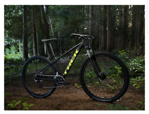 """ISO ( 19"""" Frame or LG ) Mens Mountian Bike with 29"""" tires."""