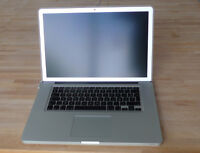 MacBook Pro 15'' (2010) with brand new SSD and battery