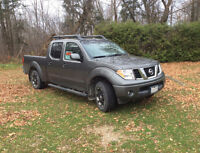 2008 Nissan Frontier LE 4x4 Pickup Truck