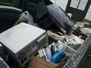 HOUSEHOLD ITEMS,E-WASTE,DEBRIS,METAL,BATTERIES, ETC WE TAKE IT! Belleville Belleville Area image 2