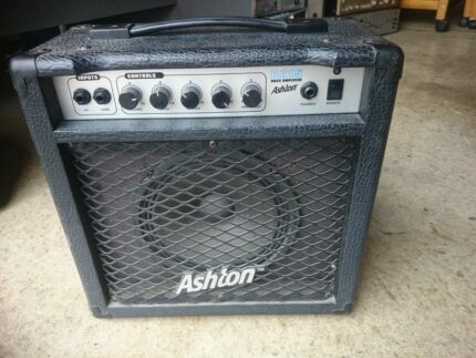Busking Amp Bass Ashton 15watt Bass Amp