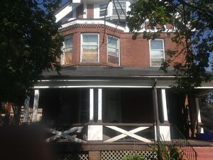 46 East Ave Brantford 3 bedroom - mid July/Aug 1