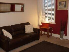 Double Room in lovely 4 bed maisonette in Trewhitt Rd, Heaton, Newcastle upon Tyne