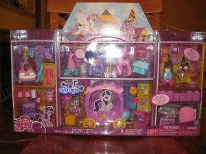 My Little PONY Canterlot Castle Deluxe Huge Set 40+ Accessories