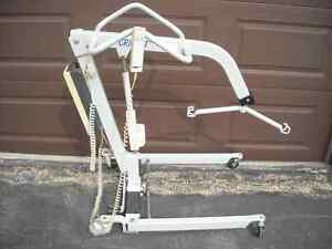 PATIENT LIFT by CRICKET/SNOWMOBILE LIFT
