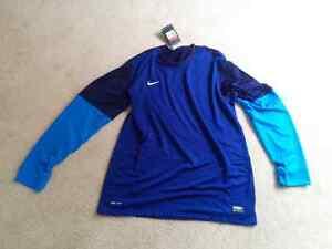 Nike Soccer Goalie Jersey Men's large brand new