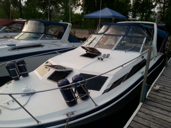 Used 1987 Bayliner 2850 Sierra sunbridge