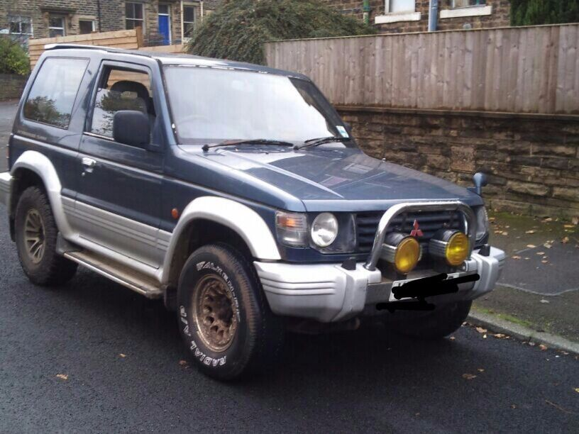 mitsubishi pajero shogun manual gearbox diesel 4x4 4wd in bradford west yorkshire gumtree. Black Bedroom Furniture Sets. Home Design Ideas