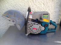 Makita Disc Cutter model DPC6400 with water cutting attachment