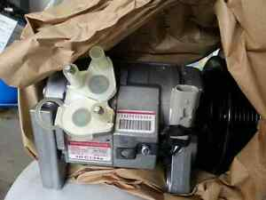 Chrysler, Dodge Brand new OEM Mopar A/C compressor