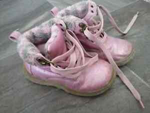 Girls Carters Boots - size 9 Peterborough Peterborough Area image 1