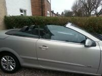 Vauxhall Astra Twintop Twin Top Convertible 1.8 Sport AUTOMATIC Low Mileage BEEN WELL LOOKED AFTER