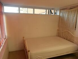 Single bedroom to let near Lakeside shopping centre, West Thurrock