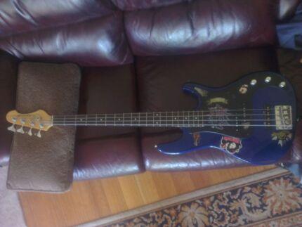 Samick Bass Amp Samick Bass