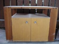 Cabinet, small tv stand for sale, sturdy, good condition