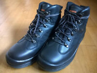 Steel Toe Safety Boots, Size 9 - Brand New, Never Worn