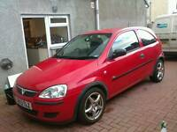 53 plate Vauxhall Corsa C 1.0l auto breaking for spares