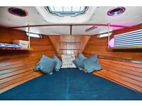 LARGE FURNISHED BOAT - IDEAL FOR COUPLES