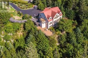 2236 St. Margarets Bay Road Timberlea, Nova Scotia