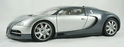 AUTOart Bugatti EB 16.4 Veyron Diecast Model Car - 1/18 Scale
