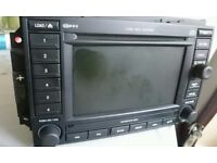 CHRYSLER JEEP DODGE COMPATIBLE MEDIA SAT NAV UNIT DVD/CD/MP3/HDD BZCY602A MODEL NO: 05064191AD