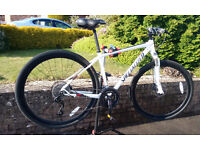 Specialized Crosstrail Comp Disc Hybrid Bike. Size Medium.