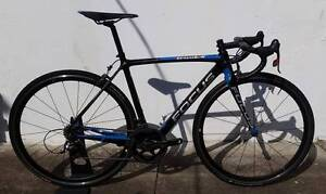Focus Izalco Team SL. S. Sram Red 22 11s. Fulcrum Quatro. Dulwich Hill Marrickville Area Preview