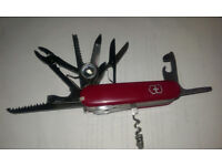 Multi tool - two for £15 - New in box