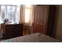 DOUBLE ROOM AVAILABLE, BILLS INCLUDED *