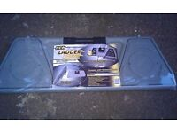 BRAND NEW LADDER LEDGE with tool kit (can deliver)
