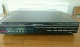 AIWA LX-80 full automatic turntable