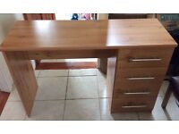 Dressing table/ workstation in good condition