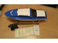 R/C model boat
