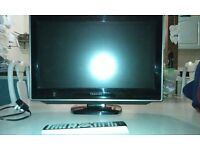 "toshiba 21"" flat screen television with built in dvd player"