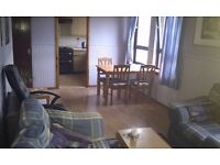 Nice Dbl bedroom in a flat (£340pcm including Council Tax) Leith/Easter Road