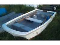 Rowing Dinghy / Tender (8' x 4' approx dimensions)