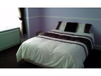 Bright, sunny, double room for rent, £100pw, No Bills, Wifi and Cable TV