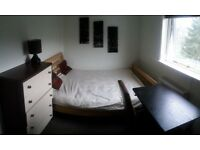 Double room to rent for a couple or single person