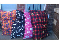 DOG BEDS BRAND NEW GIANT SIZE £10 EACH