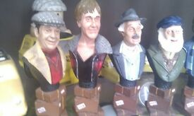 8 ONLY FOOLS AND HORSES SMALL BUSTS